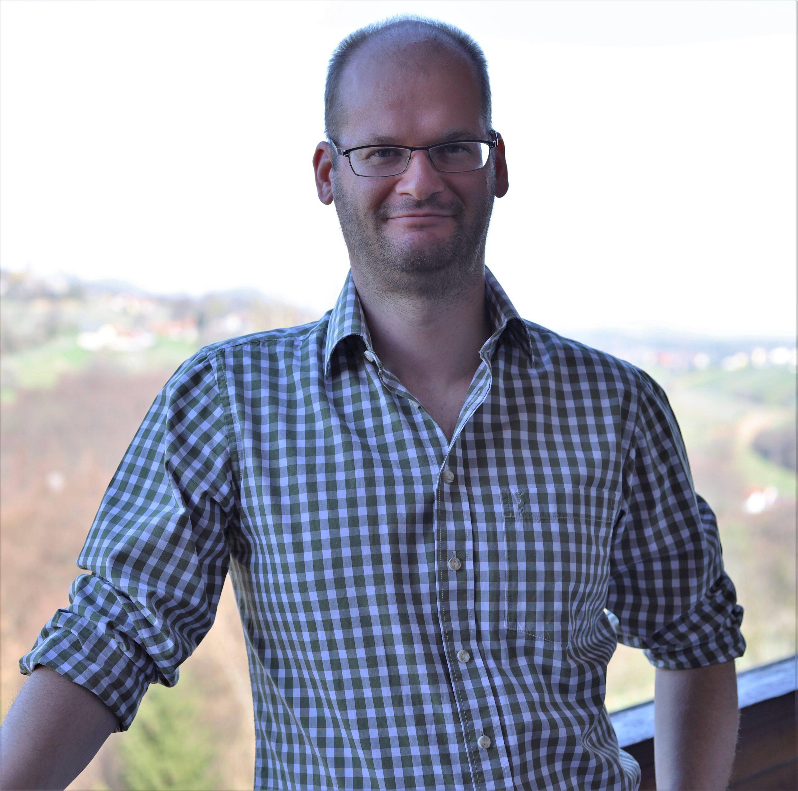 Dr. Philipp Sengl
